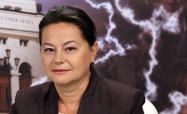 nora-stoichkova-1